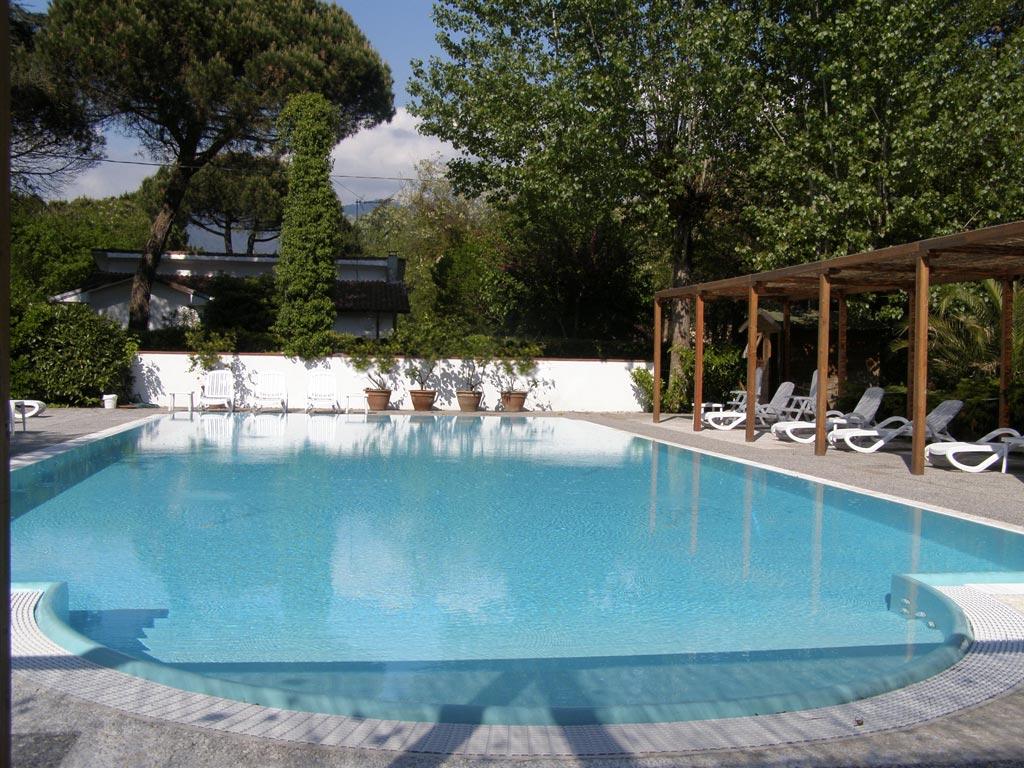 Hotel con piscina vicino al mare di marina di massa - Hotel a sillian con piscina ...